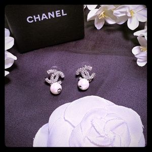 💖 Chanel CC earrings 💖